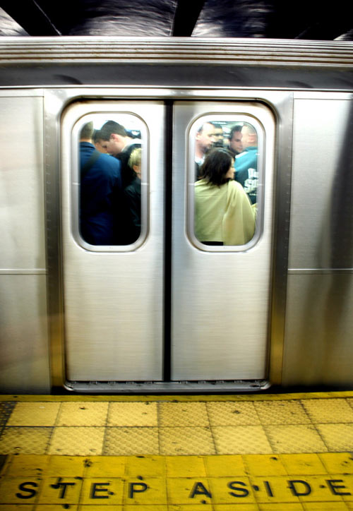 subway_doors
